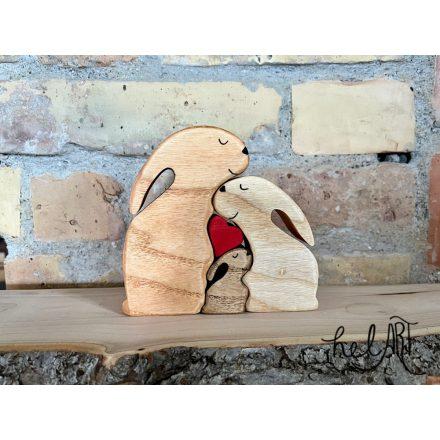 Nyuszicsalád - papanyuszi, mamanyuszi, 1 kis nyuszi - szívvel