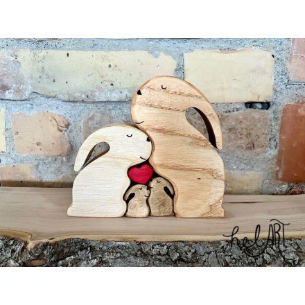 Nyuszicsalád - papanyuszi, mamanyuszi, 2 kis nyuszi - szívvel